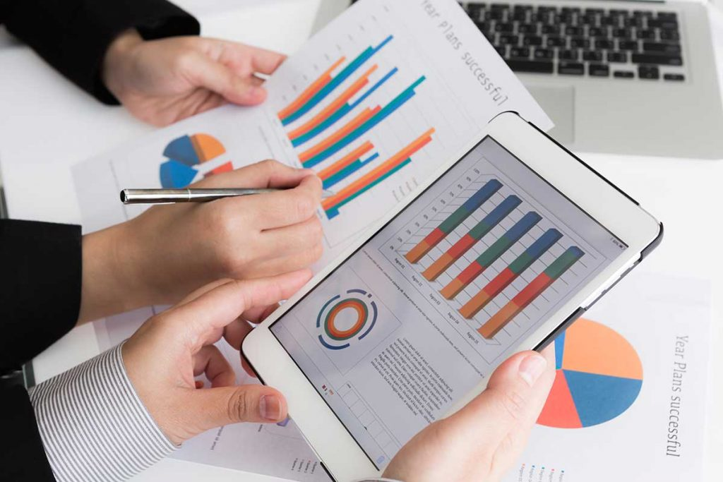 In our next Accounts Receivables Report Tutorialwe focus on the'Show Reports' functionalitywhich offers you a wide range of reporting display options within SapphireOne.